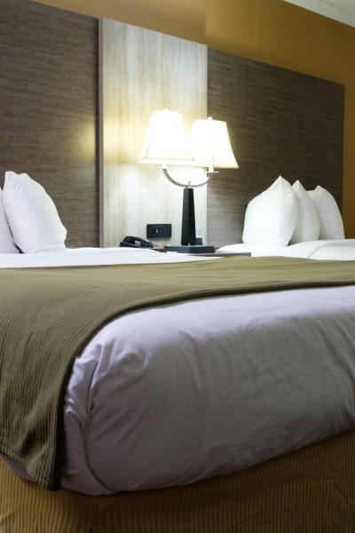 standard-double-beds-hotel-room.jpg